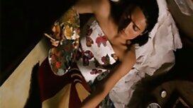 ريبيكا Linares تعطي نفسها في الحب مع أجود قصص سكس محارم بالعربي ملابسها الداخلية